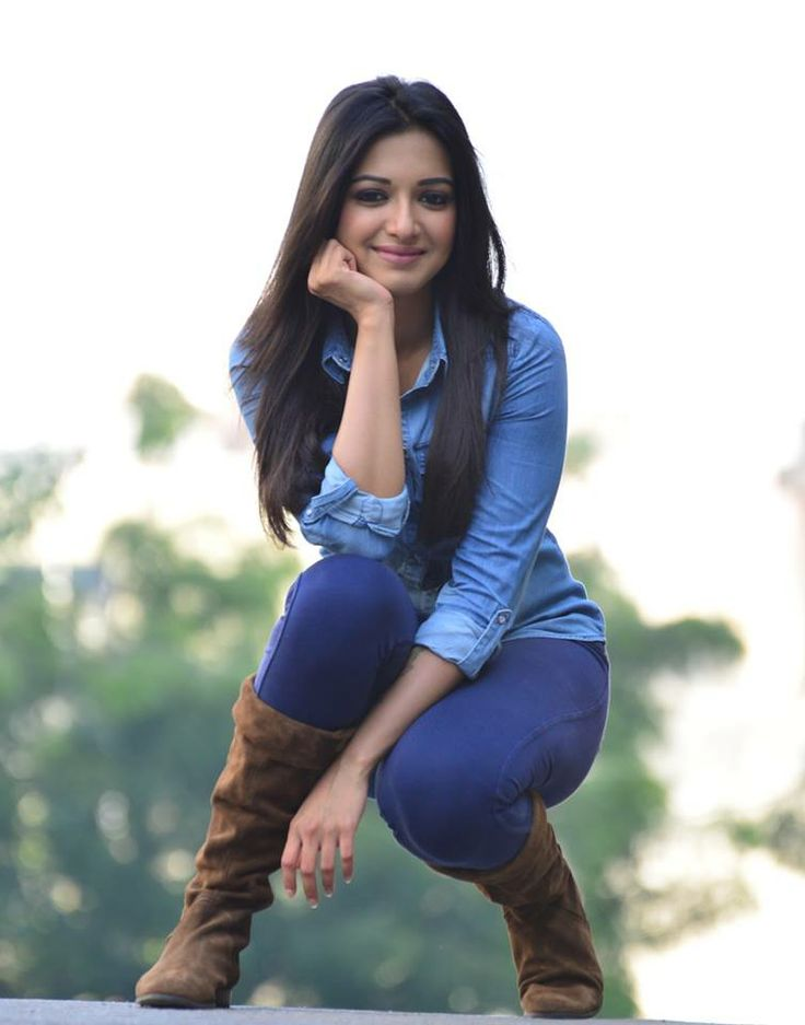 Catherine Tresa Nice Images For Profile Pics
