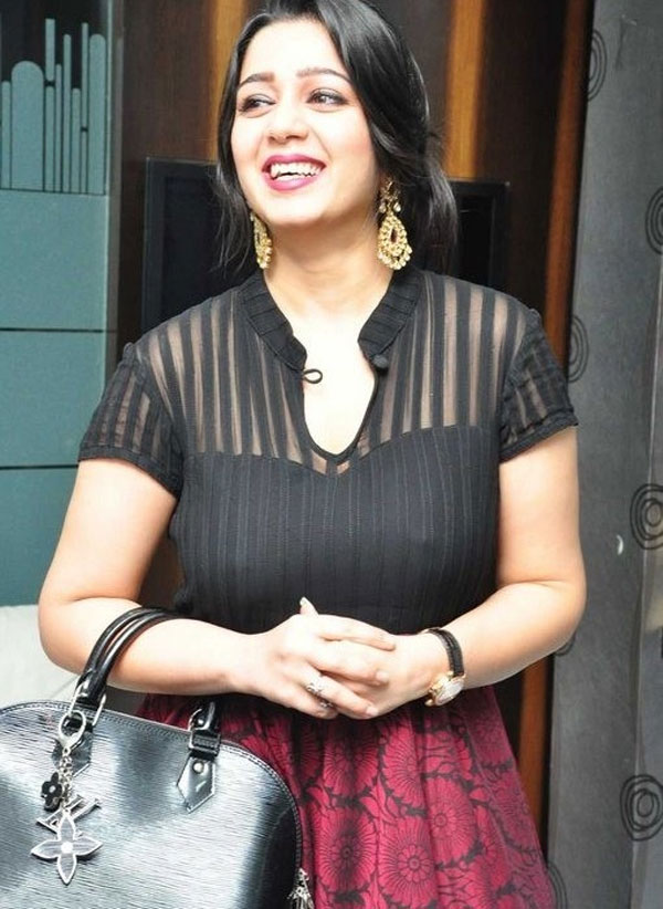 Charmy Kaur New & Nice Images
