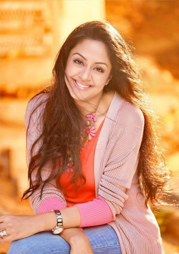 Jyothika Cute Images In Jeans Top
