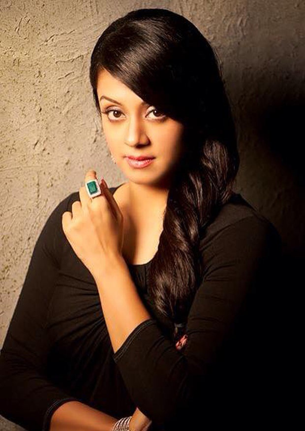 Jyothika Images For Profile Pics