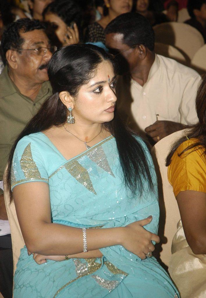 Kavya Madhavan Images At Award Show
