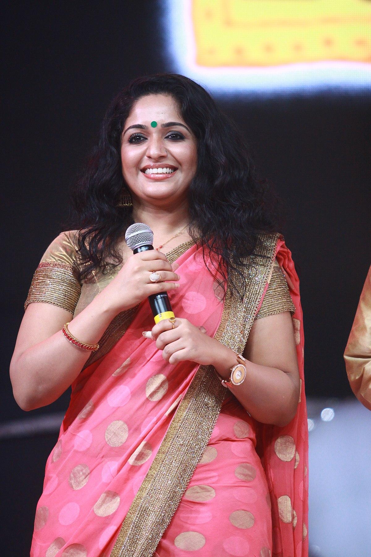 Karthika Nair Hot Navel In Saree Kavya Madhavan H...