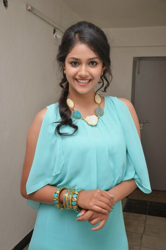 Keerthy Suresh Sizzling Wallpapers