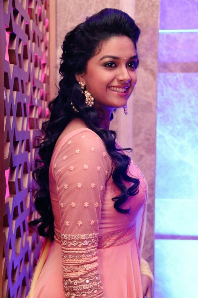 Keerthy Suresh Spicy & Sizzling Images For Desktop