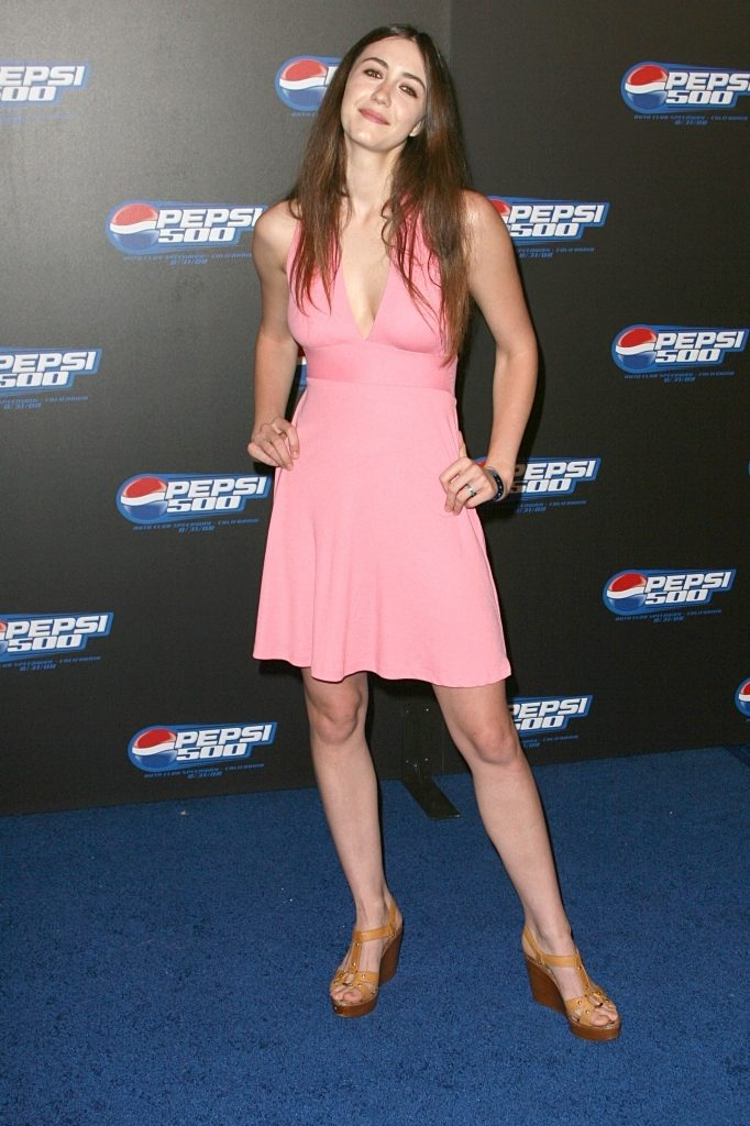 Madeline Zima Hot Pics In Short Cloths HD