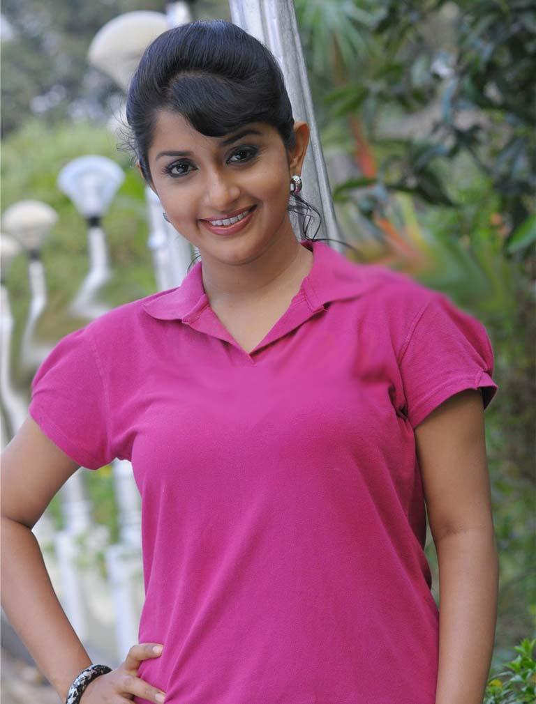 Meera Jasmine Images In Jeans Top
