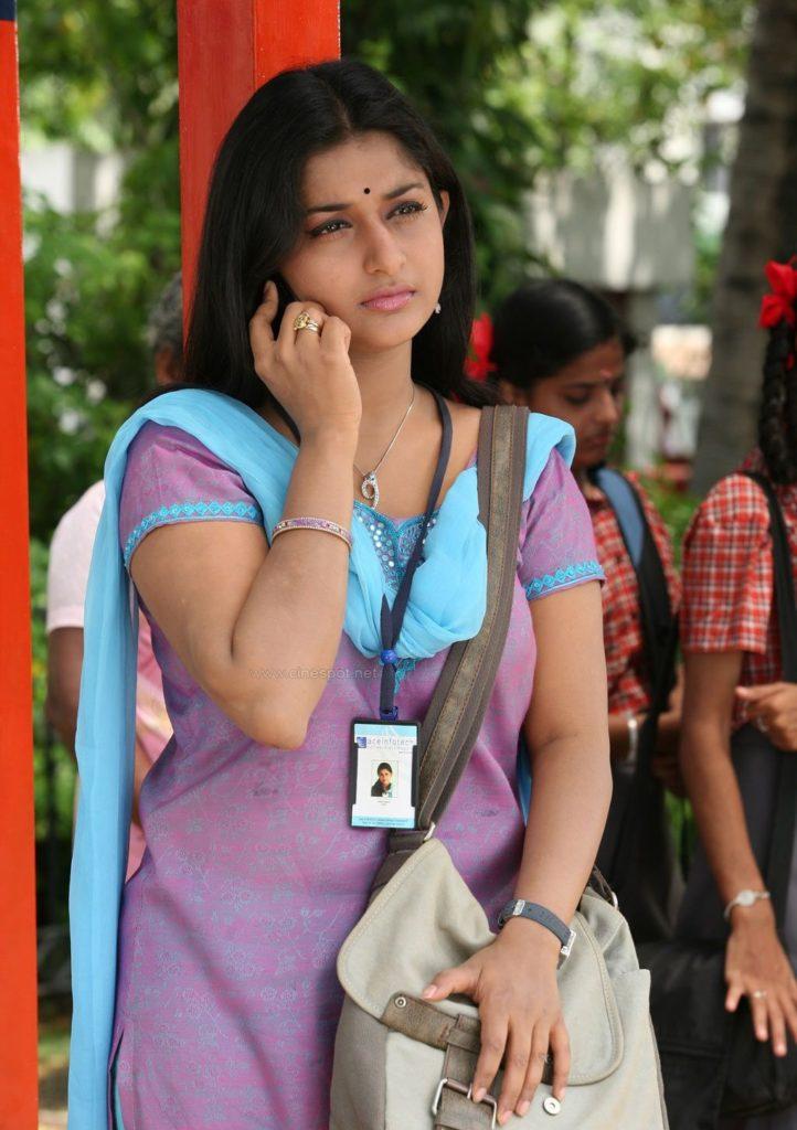 Meera Jasmine Lovely Images