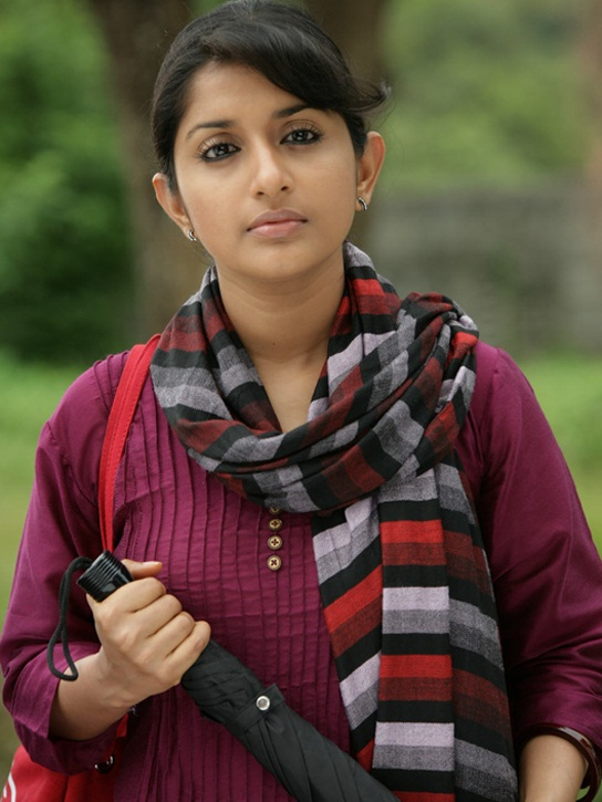 Meera Jasmine Scenic Images