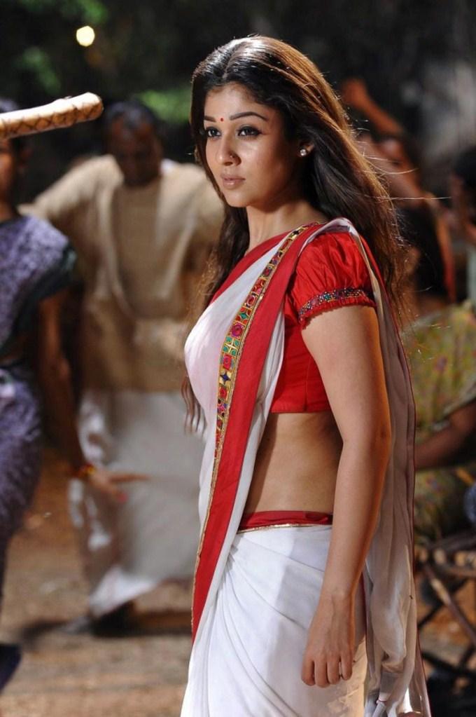 Nayanthara Hot In Saree Images