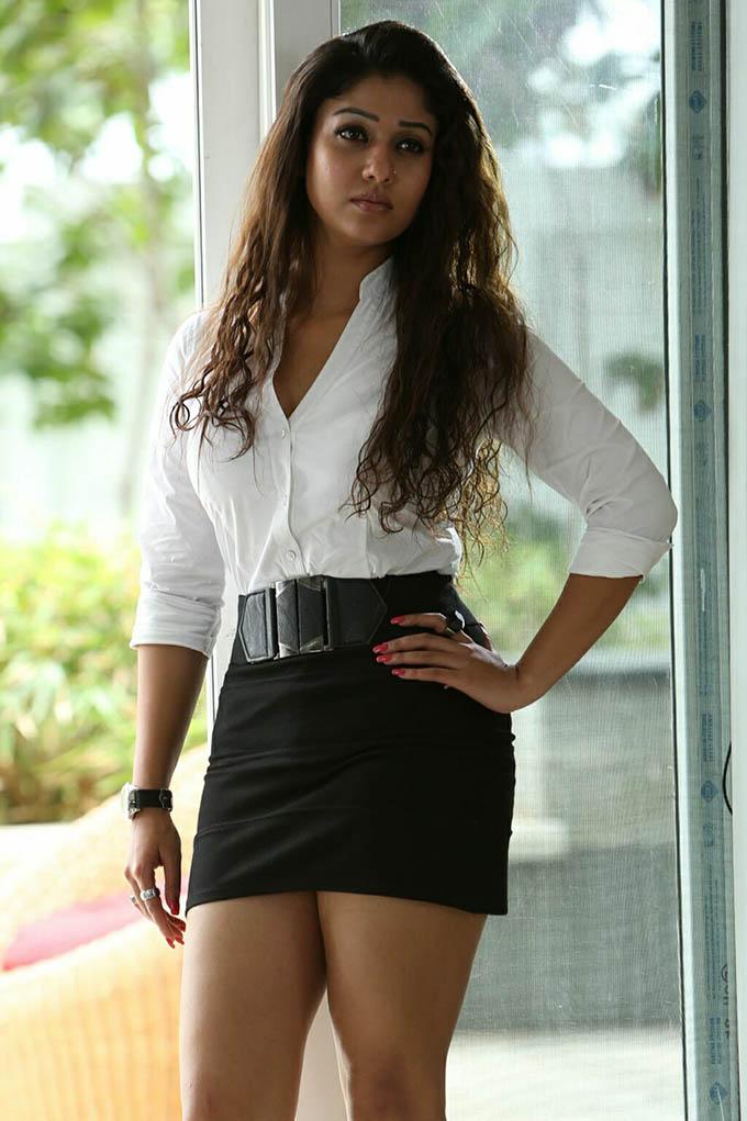 Nayanthara Sexy Tight Pics