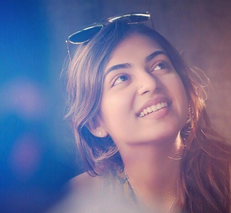 Nazriya Nazim Bombastic Wallpapers