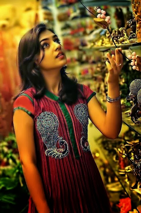 Nazriya Nazim New Look Photos
