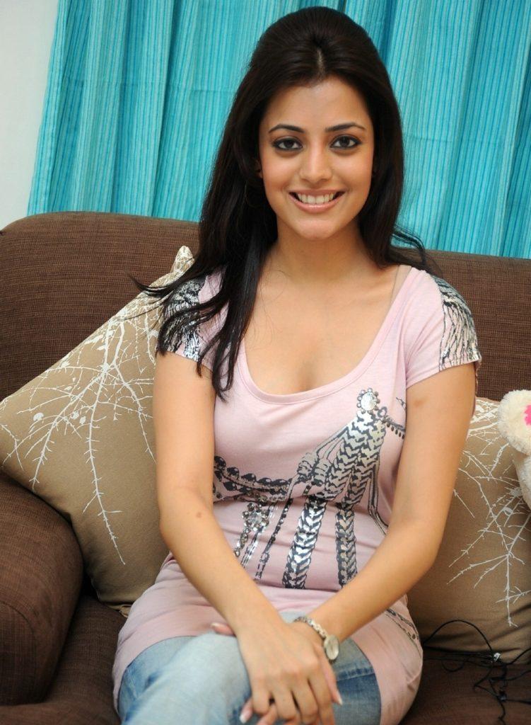Nisha Agarwal Hot Boobs Images