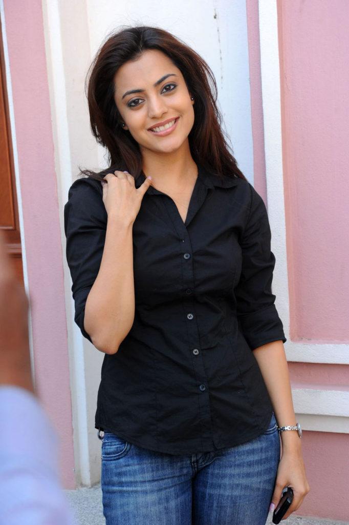 Nisha Agarwal Photos For Desktop