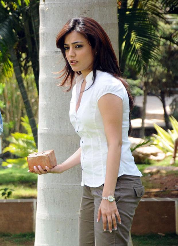 Nisha Agarwal Photos