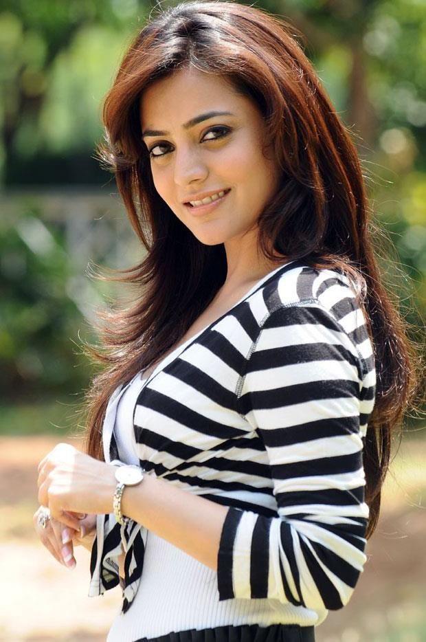 Nisha Agarwal Unseen Photos Gallery