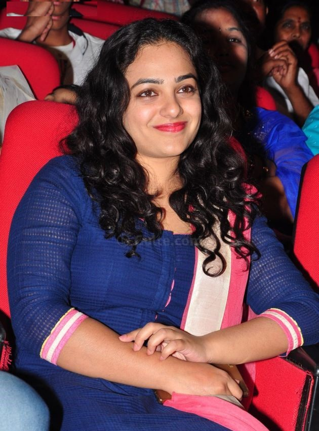 Nithya Menon Hot & Sexy Photos