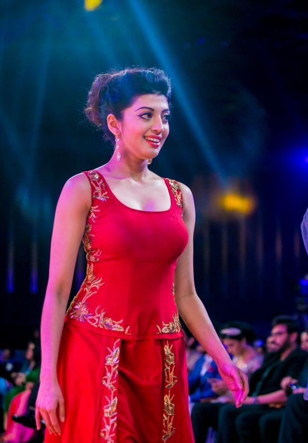 Pranitha Beautiful Images At Rampwalk
