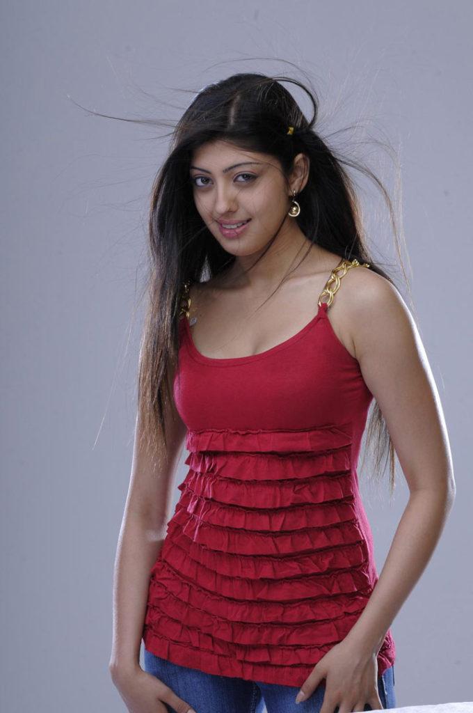 Pranitha Hot Boobs Images
