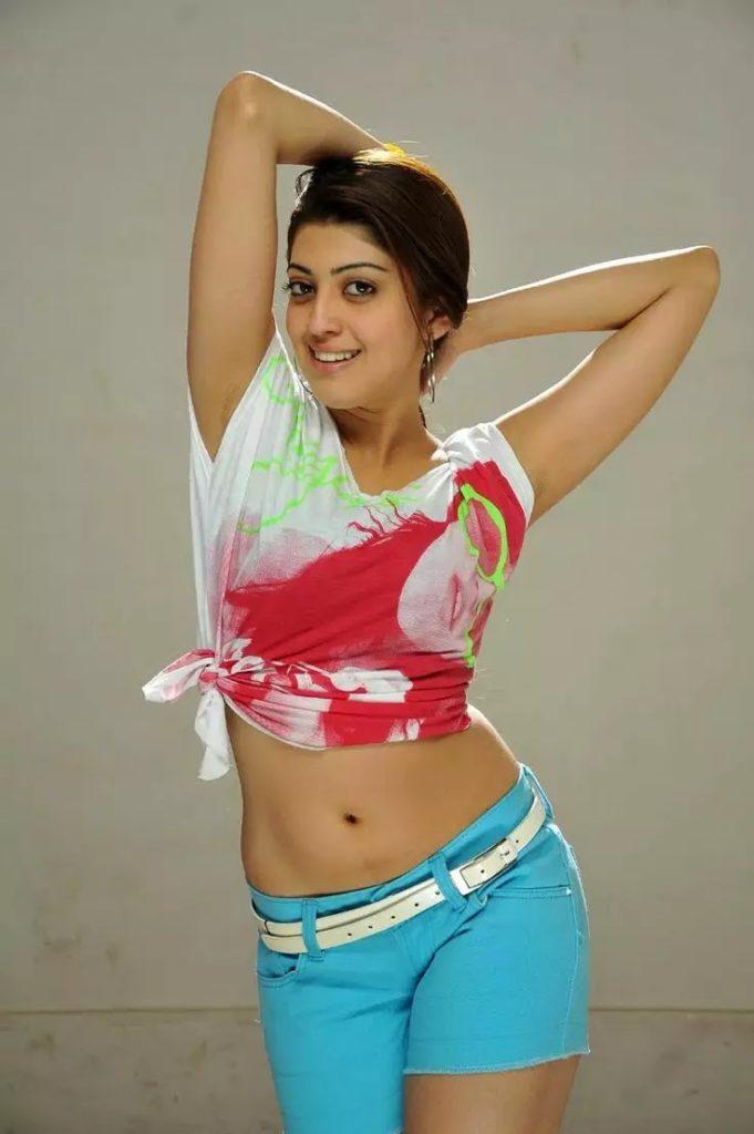 Pranitha Hot Navel Images In Bikini