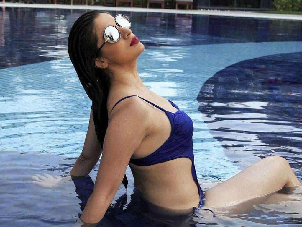 Raai Laxmi Images In Bikini