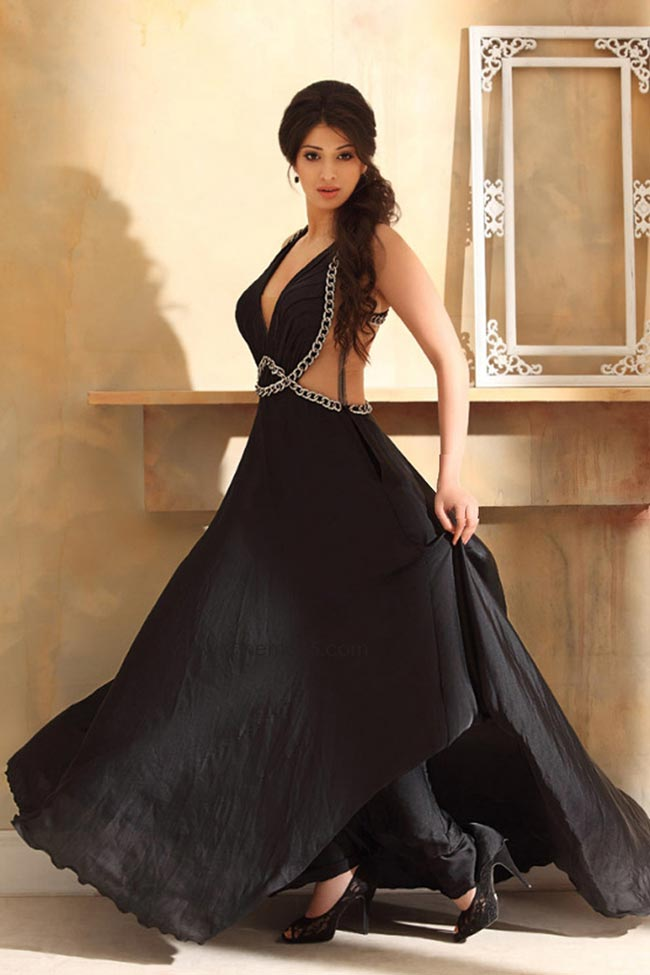 Raai Laxmi Images In Black Gown