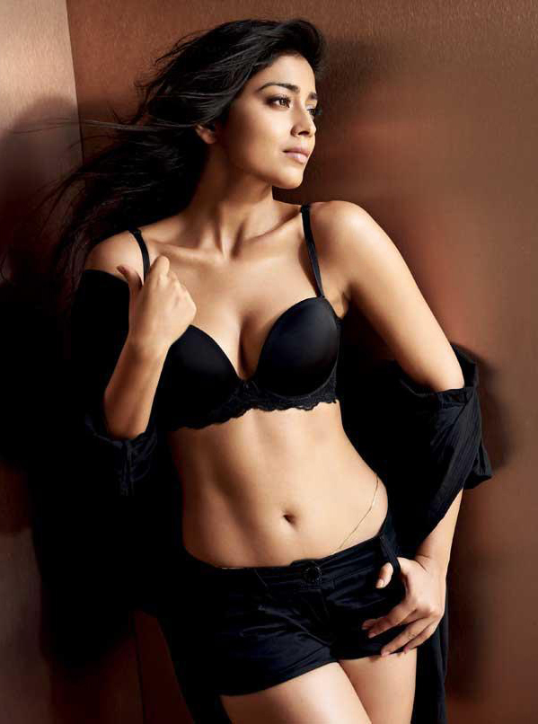 Shriya Saran Hot Look In Bra Panty Pics