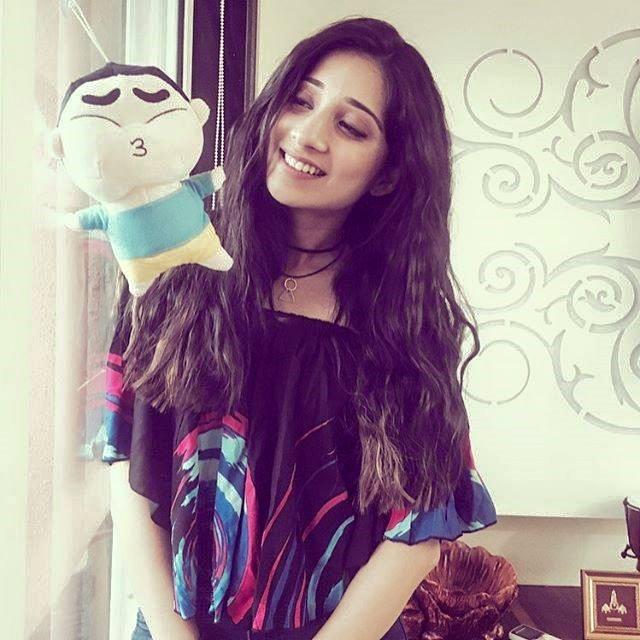 Vrushika Mehta Images For Profile Pics