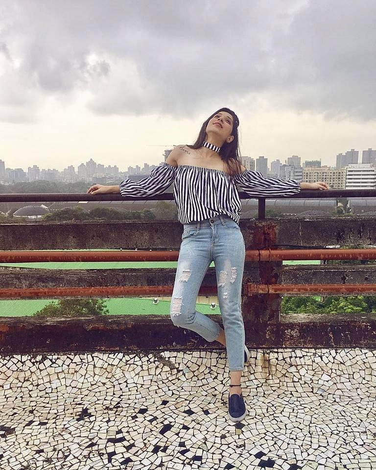 Vrushika Mehta Sexy & Hot Photos