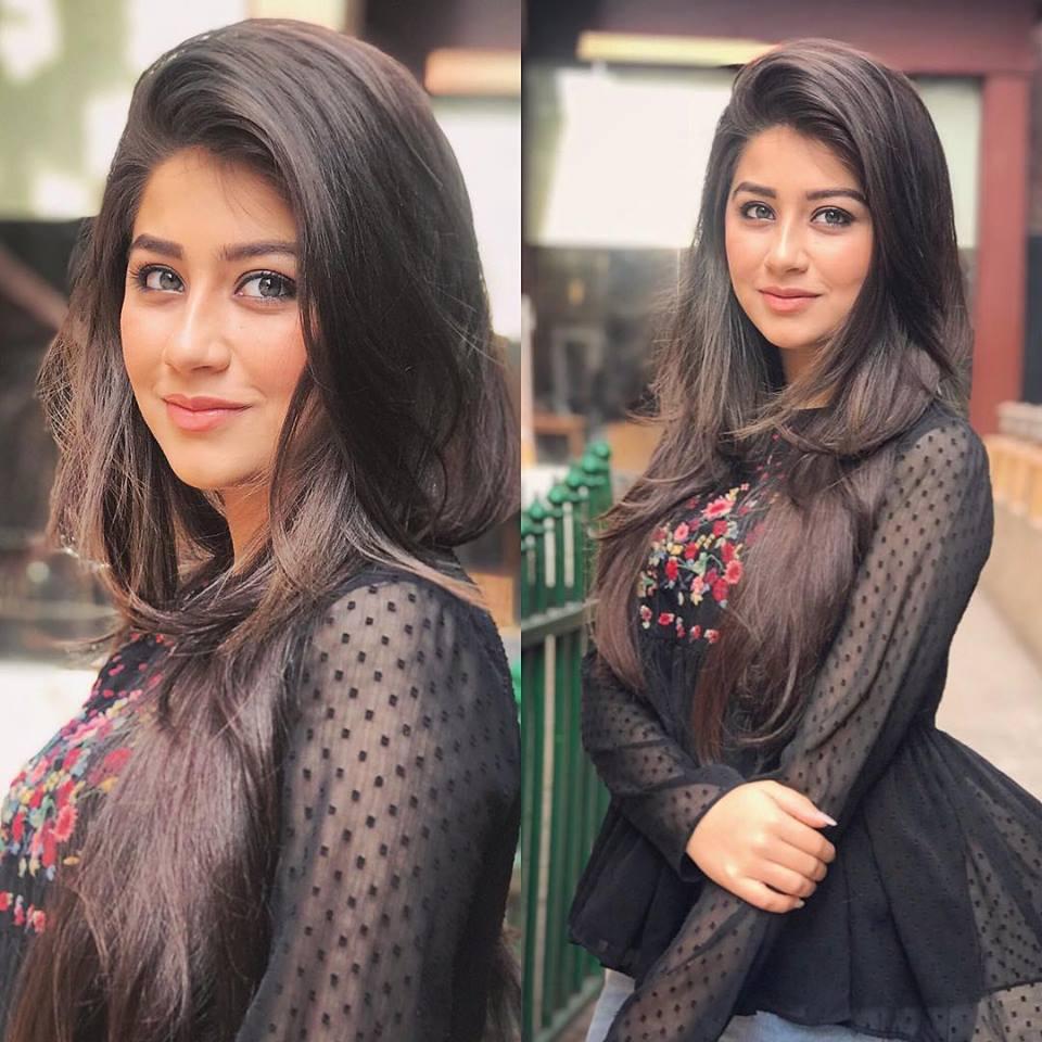Aditi Bhatia Lovely Photoshoots