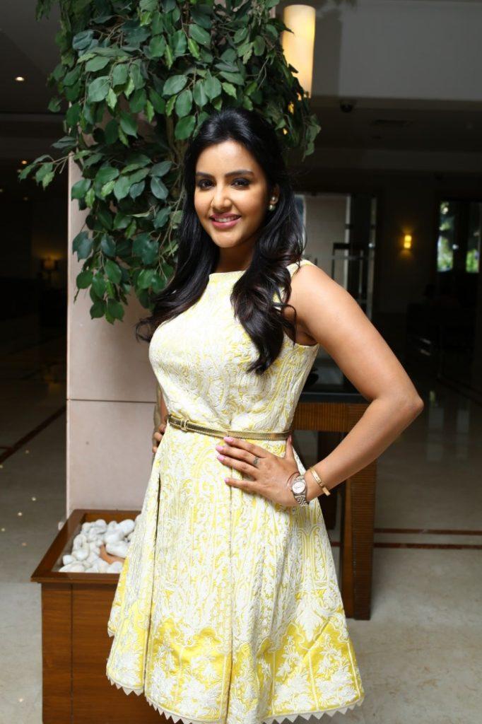 Priya Anand Charming Photos