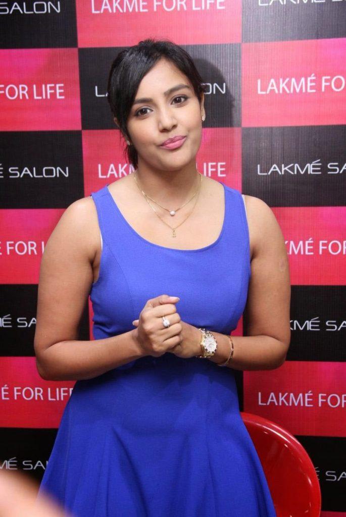 Priya Anand Images For Profile Pics