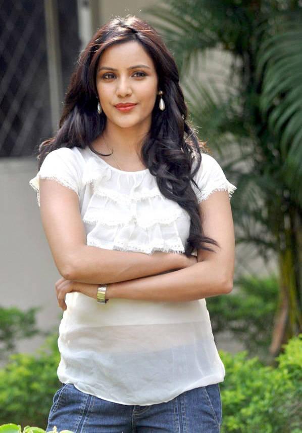 Priya Anand Photos