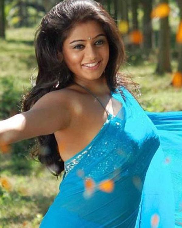 Priyamani Photos For Profile Pics