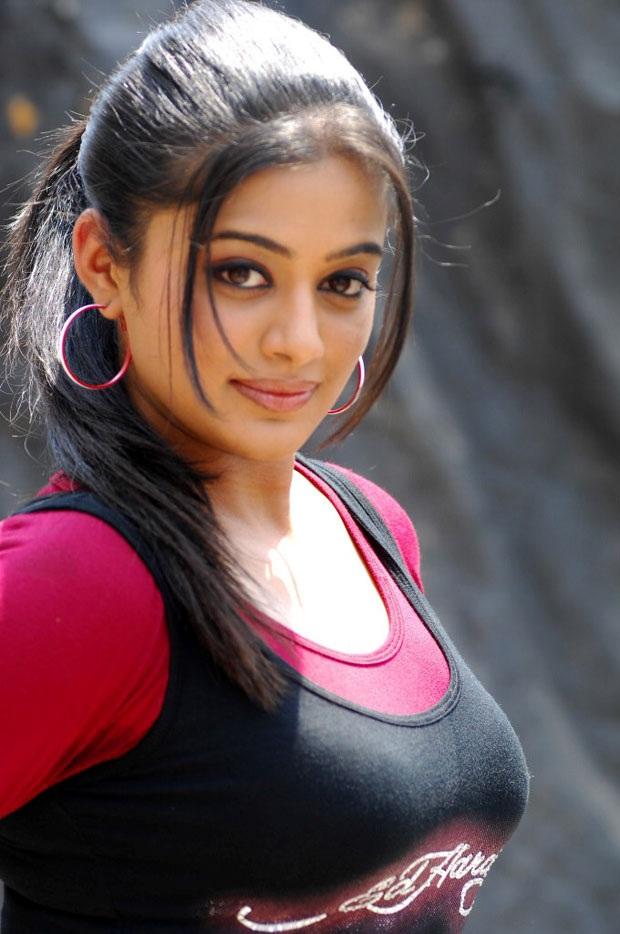 Priyamani Pictures