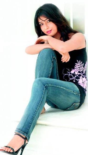 Radhika Pandit Pics
