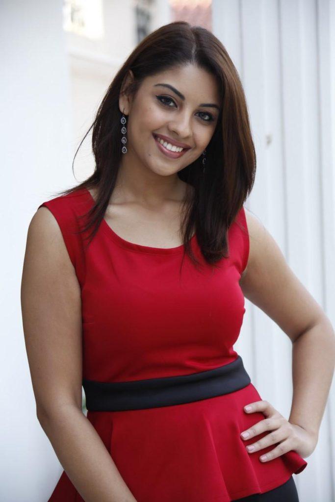 Richa Gangopadhyay New Look Pics