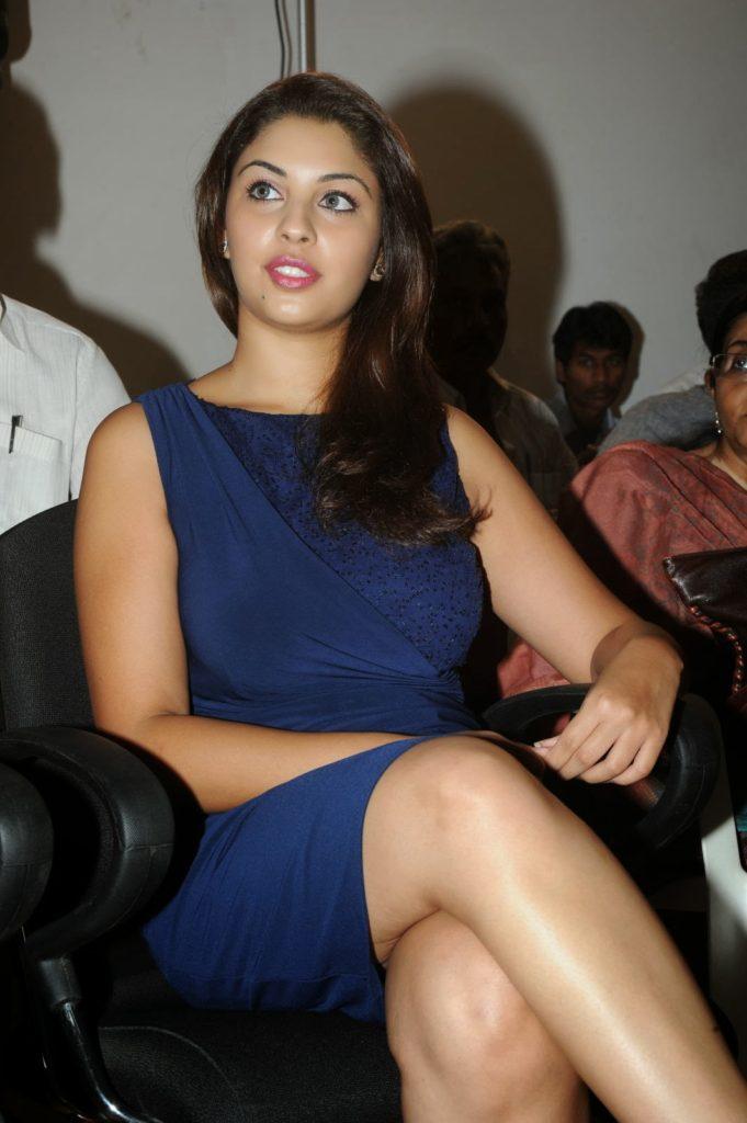 Richa Gangopadhyay Photos At Award Show