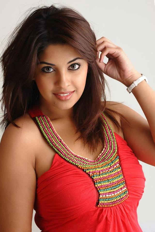 Richa Gangopadhyay Photos Download