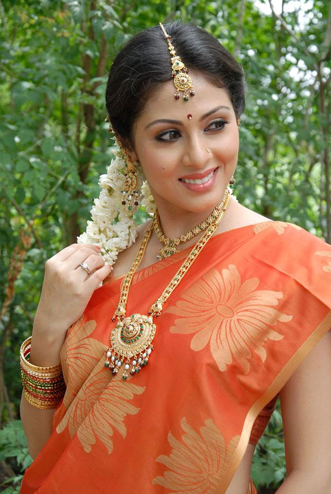 Sadha Pictures