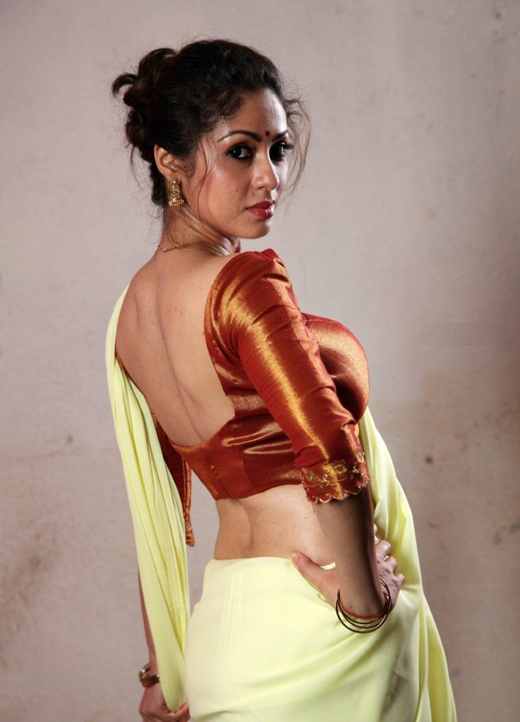 Sadha Spicy & Sizzling Wallpapers
