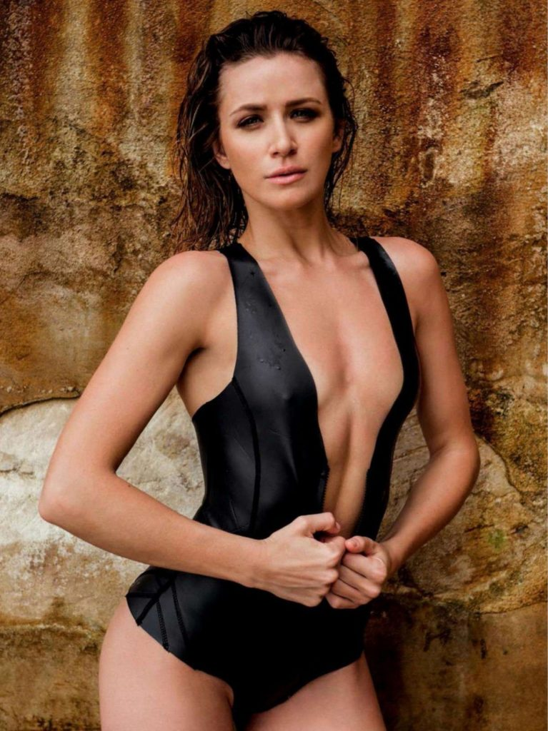 Shantel VanSanten Hot Boobs Showing Images In Bikini