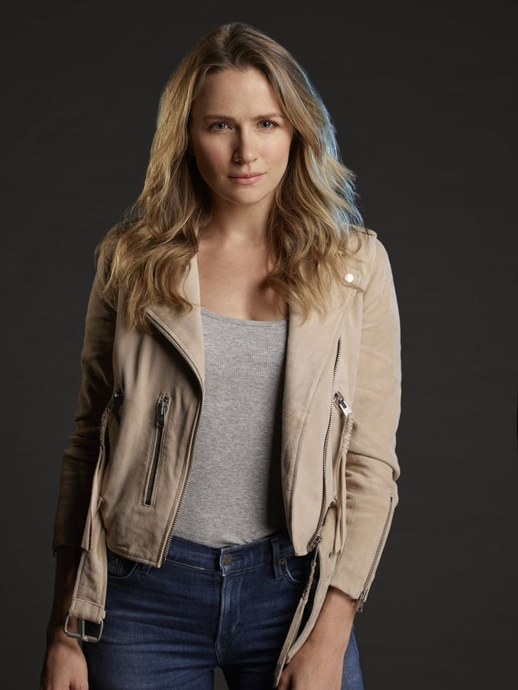 Shantel VanSanten Images In Jeans Top