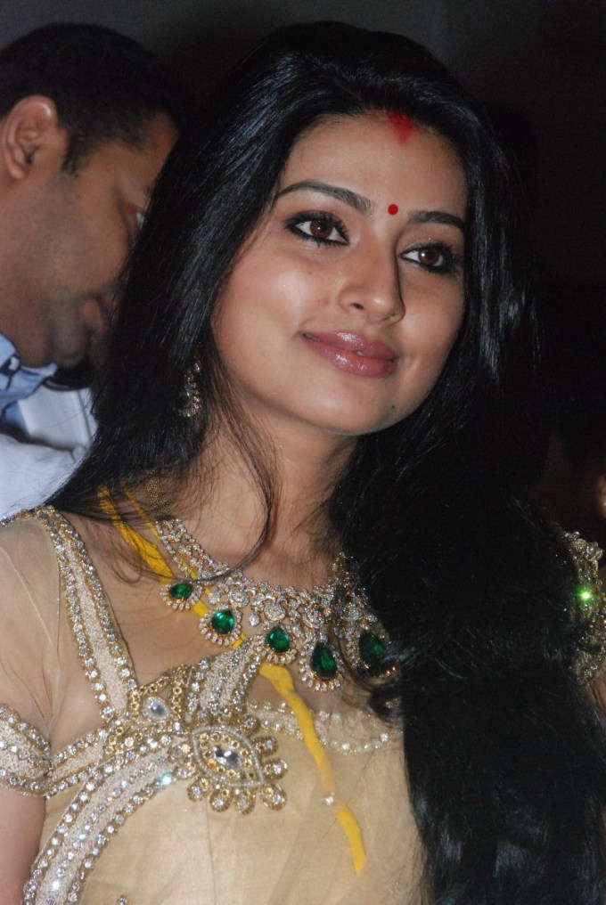 Sneha Sizzling Pics At Event