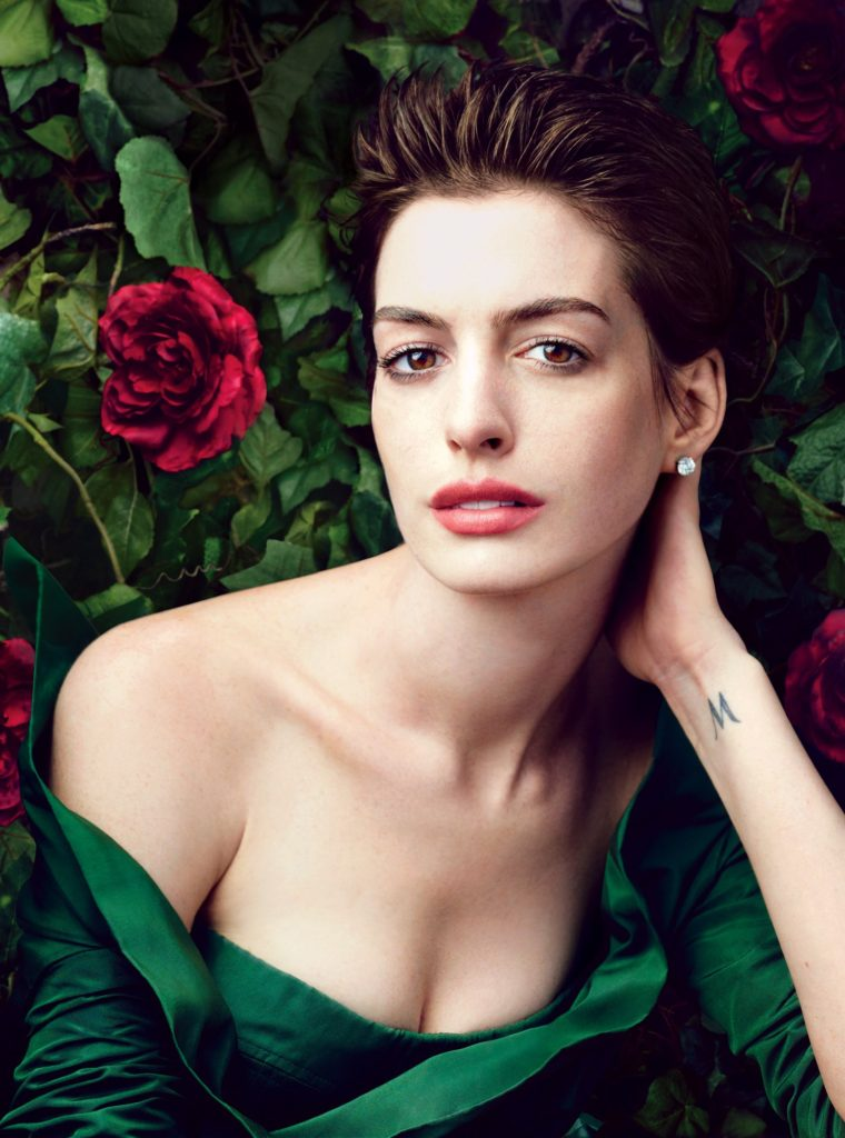 Anne Hathaway Sexy Boobs Images