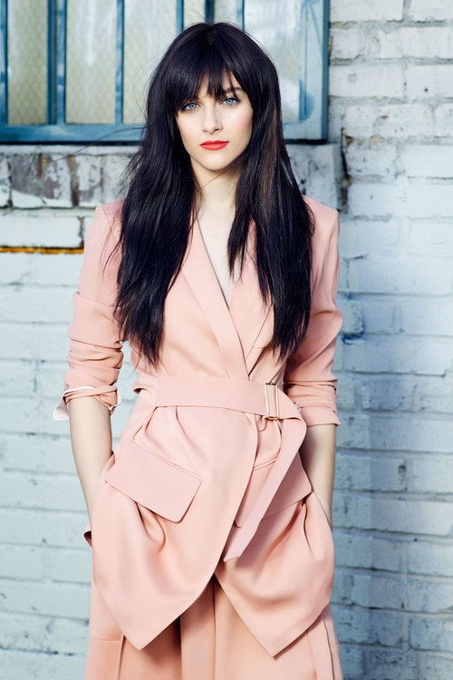 Aubrey Peeples Latest Style Pictures