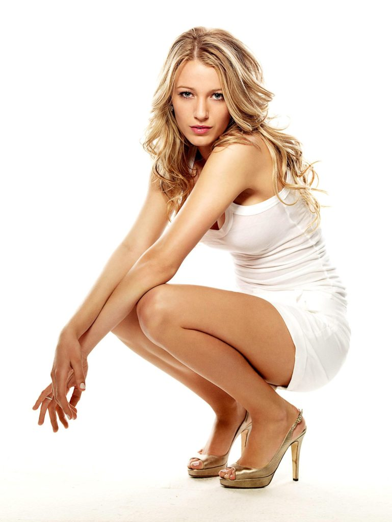 Blake Lively Sexy Legs Wallpapers