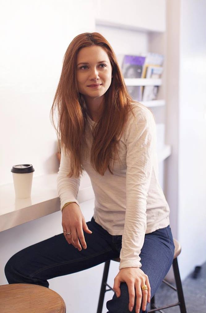 Bonnie Wright Images In Jeans Top