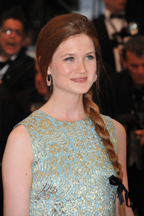 Bonnie Wright Latest Hair Style Images