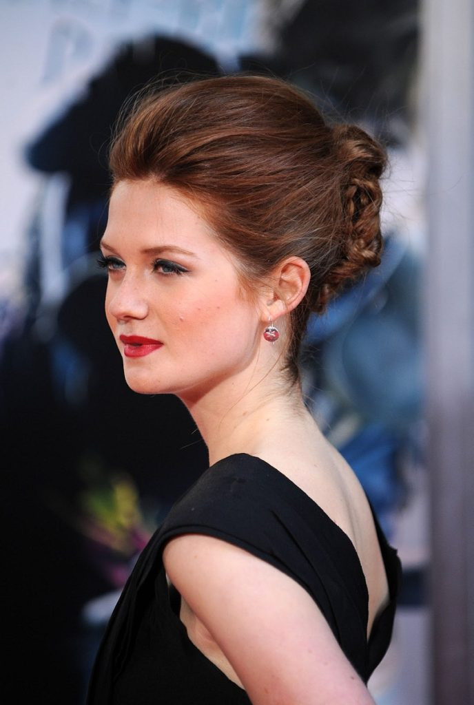 Bonnie Wright New Hair Style Wallpapers